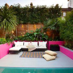 Moroccan style garden: Mediterranean Garden by Gullaksen Architects Small Space Gardening, Small Gardens, Outdoor Gardens, Moroccan Garden, Moroccan Style, Patio Furniture Sets, Garden Furniture, Mediterranean Garden Design, Mediterranean Style