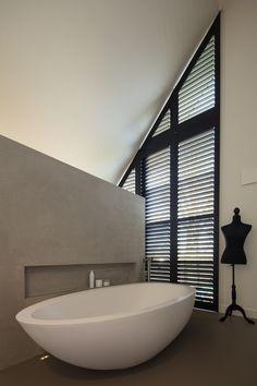 JASNO shutters in bathroom