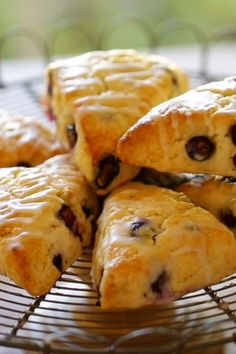 Incredibly flakey blueberry scones with easy lemon glaze! So easy to make and pop in your freezer and then bake off as needed! A wonderful brunch recipe to feed a crowd! Includes all my tips for getting the lightest, flakiest scone! Brunch Recipes, Sweet Recipes, Breakfast Recipes, Dessert Recipes, All Recipes, Bake Off Recipes, Brunch Ideas, Vegan Breakfast, Dinner Recipes