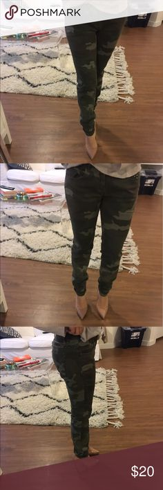 Camouflage jeans from Zara Cute camouflage jeans with gold studs from Zara. Worn once Zara Jeans