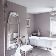 70 Feminine Bathroom Design Ideas