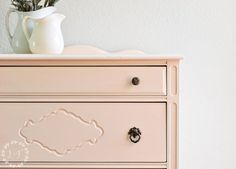 Here Piggy Piggy! Chest of Drawers Makeover in Fusion Little Piggy