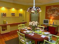 Dining Room Decorating Ideas 19 Designs that Will Inspire You Green Dining Room, Dining Room Lighting, Light Decorations, Room Decor, Kitchen, Table, Decorative Lights, Inspiration, Furniture