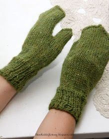 Ihan Kaikki Kotona: Peukku intialaisittain Fingerless Gloves, Arm Warmers, Cast On Knitting, Fingerless Mitts, Cuffs, Fingerless Mittens