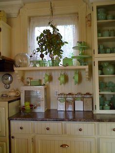 cottage kitchen cupboards with Jadeite collection Cottage Kitchens, Home Kitchens, Country Kitchens, Retro Kitchens, Cozy Kitchen, Kitchen Decor, Kitchen Ideas, Art Deco Kitchen, Shaker Kitchen