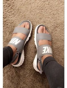 993e33991001  Her  Sneakers women Cool Casual Shoes Nike Sandals