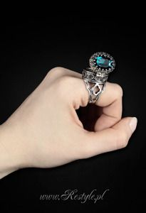 Gothic, locket ring POISON RING - CYAN Oval ring with secret compartment