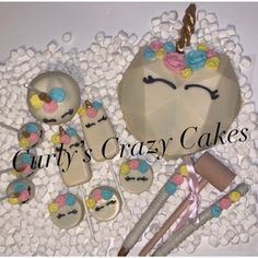 Hot Chocolate Gifts, Chocolate Covered Treats, Chocolate Bomb, Chocolate Hearts, Easter Chocolate, Chocolate Molds, Melting Chocolate, Cake Pops, Cake Smash