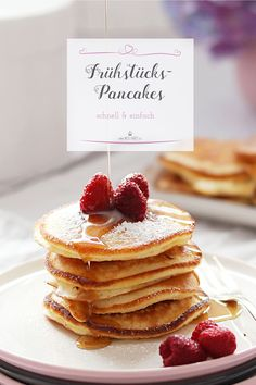 Made easy and quick here is my recipe for super fluffy pancakes! The post Fluffy pancakes for a perfect breakfast Miss Fancy Everyday Recipes appeared first on Tasty Recipes. Fluffy Pancakes, Breakfast Pancakes, Yogurt Pancakes, Food Cakes, My Recipes, Dessert Recipes, Desserts, Pancake Recipes, Snacks Sains