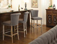 Нужны ли барные стулья в интерьере?