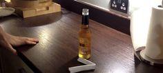 Mira lo fácil que es abrir una cerveza con una hoja de papel - http://viral.red/abrir-una-cerveza-con-una-hoja-de-papel/
