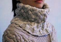 Ravelry: Polonaise Cowl pattern by Cristina Ghirlanda