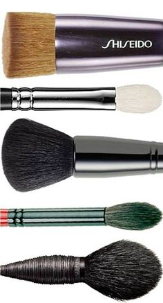 Beauty Basics: 5 Must-Have Brushes