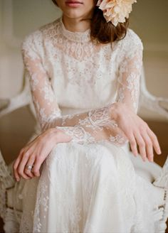 long lace wedding dress with high neckline for vintage winter weddings #tulleandchantilly