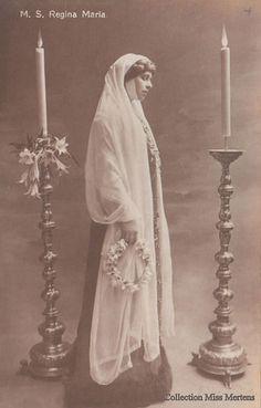 Königin Marie von Rumänien, Queen of Romania nee Princess of Edinburg 1875 – 1938 Royal Beauty, Ferdinand, Descendants, Edinburgh, Royals, Marie, Vintage Ladies, Statue, Queen