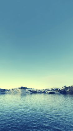 Mountains and lake iPhone 5s Wallpaper