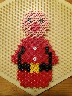 Cute Christmas Tree, Christmas Lanterns, Christmas Tree Ornaments, Christmas Crafts, Hama Beads Design, Hama Beads Patterns, Beading Patterns, Christmas Perler Beads, Tapestry Crochet Patterns