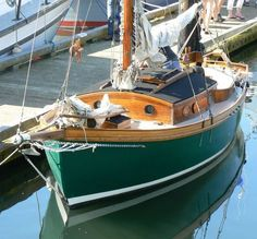 Ewarts Ed Monk boat Wooden Boat Building, Build Your Own Boat, Naval, Camping 101, Dinghy, Sail Away, Boat Design, Small Boats, Boat Plans