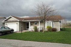 Detached - 2 bedroom(s) - Clarington - $229,900 Bungalows, Retirement, Shed, Outdoor Structures, Bedroom, Backyard Sheds, Sheds, Bedrooms, Master Bedrooms