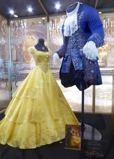 Live-Action beauty and the beast movie costumes styl disney, disneyho dívky Robes Disney, Disney Dresses, Harley Queen, Disney Beauty And The Beast, Beauty And The Beast Clothes, Beauty And The Beast Costumes, Beauty Beast, Disney Live, Disney Fun