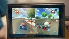 Mariokart 9 looks like it'll have item storage like all previous games (Nintendo Switch trailer)