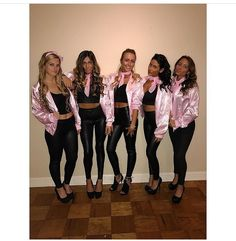 23 Spooky Group Halloween Costume Ideas - Simply Allison Check out best Group Halloween costumes idea that'll you'll besties will absolutely love. Flaunt your squad with these college group halloween costume. Costume Halloween Trio, Girl Group Halloween Costumes, Couples Halloween, Trendy Halloween, Halloween Ideas, Women Halloween, Halloween College, Costume Ideas For Groups, Homemade Halloween