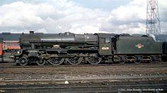 13/06/1962 - Crewe South (5B) MPD.   Best viewed 'Original' …   Flickr Best Wagons, Old Wagons, Diesel Locomotive, Steam Locomotive, Steam Trains Uk, Steam Railway, Train Times, Train Art, British Rail