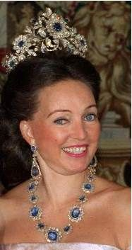 Diane, Duchess of Württemberg and her impressive sapphire parure.