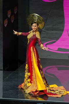 Truong Thi May, Miss Vietnam 2013/ The Perfect Miss  - En fotos: ¡Sensuales y bellas! Disfruta de los mejores trajes típicos del Miss Universo