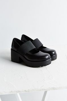 Vagabond Dioon Mary Jane Shoe