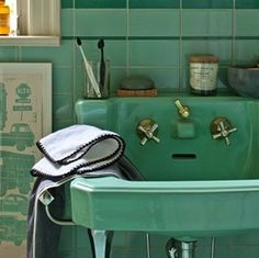 A turquoise bathroom vignette from Schoolhouse Electric. Turquoise Tile, Turquoise Bathroom, Vintage Turquoise, Vintage Green, Vintage Colors, Mint Green Bathrooms, Mint Bathroom, Vintage Bathrooms, Tile Bathrooms