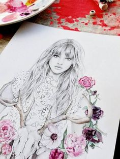 Drawing woman |  Flowers | sketch | Fashion |