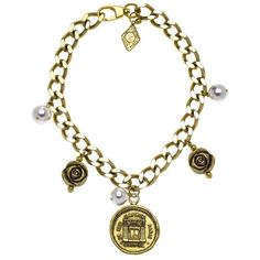 Pre-owned Chanel Necklace ($1,439) ❤ liked on Polyvore featuring jewelry, necklaces, apparel & accessories, gold, chanel necklace, chain choker, pendant choker necklace, choker necklace and flower pendant