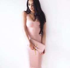 """How gorgeous is in our """"Theresa Bandage Dress"""" Dressy Outfits, New Outfits, Fashion Outfits, Fashion Trends, Trending Fashion, Janice Joostema, Chic Fashionista, Classy Dress, Fashion Killa"""