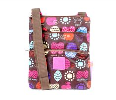 Hello Kitty Flat Shoulder Pouch: Autumn