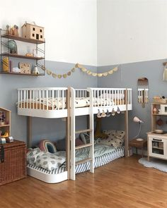 35 Fascinating Shared Kids Room Design Ideas - Planning a kid's bedroom design can be a lot of fun. Kids Bedroom Furniture, Bedroom Decor, Oliver Furniture, Modern Furniture, Bedroom Lighting, Cheap Furniture, Modern Bedroom, Bedroom Wall, Rustic Furniture