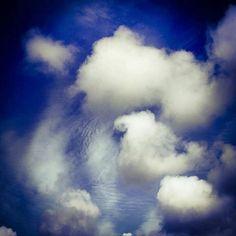 #Repost @claesfranzen  Dream clouds #nature_skyshotz #photogram_tr #photoglobe #vscocam #vscogrid #latergram #instamood #simple #minimalism #photograph #nature #afterlight #instamoment #photooftheday #natural #photowall #instagramers #picoftheday #webstagram #artphoto #vscogood #earthinstagram #summer #collabstream #bestofscandinavia #landscape_captures #best_photogram #gramworldtag #ig_sweden http://ift.tt/2hBYhkP