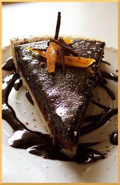 Tarte fine Chocolat Orange (A. Tarte Orange, Modernist Cuisine, Tarte Fine, Alain Ducasse, Cold Desserts, Sweet Pastries, No Bake Pies, Something Sweet, Plated Desserts