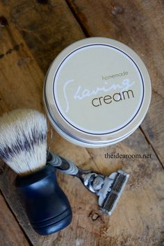 DIY-Shaving-Cream is a great gift for Father's Day | theidearoom.net