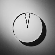 Uji wall clock moves its hands in time with your heartbeat