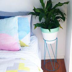 Kmart wire plant stand - aqua Funky Fashion, Diy Home Decor, Bedroom, Pot Plants, Plant Stands, Interior, House, Spy, Furniture