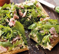 #RecipeOfTheWeek This Quick Ham Tart is one of my favourite ways to use up #leftoverham. Find the recipe here http://www.annabel-langbein.com/recipes/a-quick-ham-tart/655/