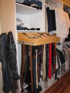 Custom Walk In Closet Shelving