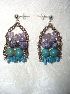 Orecchini con pietre dure viola e azzurre e catena di rame, by The Magic Daisy, 12,00 € su misshobby.com