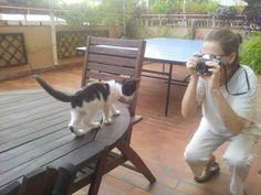Haciendo una foto a sole con mi canon reflex con mas de 30 años