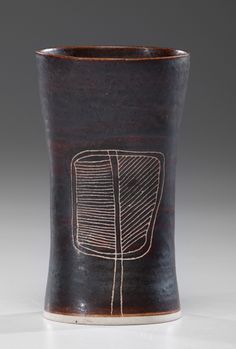 Leaf Vase ca 1960 Porcelain and manganese and matte black glaze ht. Rie is the most celebrated and widely collected of all century ceramists. Pottery Pots, Ceramic Pottery, Ceramic Art, Fire Art, Pottery Designs, Sgraffito, Ceramic Design, Modern Ceramics, Pottery Studio