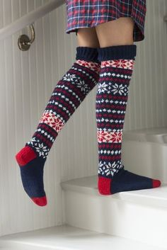 Amazing Photo of Crochet Knee High Socks Pattern – 2019 - Socks Diy Crochet Socks Pattern, Mittens Pattern, Knitting Patterns, Knit Crochet, Fair Isle Knitting, Knitting Socks, Argyle Socks, Wool Socks, Knee High Socks