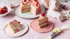 Strawberry Shortcake Ice Cream Cake A delicious twist to the nostalgic strawberry shortcake ice cream treat. Strawberry Shortcake Ice Cream, Strawberry Shortcake Recipes, Strawberry Desserts, Gelato, Sorbet, Best Ice Cream Cake, Ice Cream Treats, Salty Cake, Summer Desserts