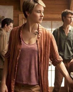 Tris: Divergent series Played by Shaylene Woodley