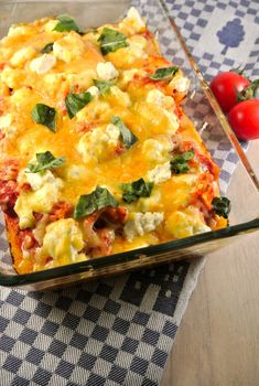 Heerlijke lasagne uit de pan. Makkelijker kan bijna niet! In een halfuur een heerlijke lasagne op tafel.